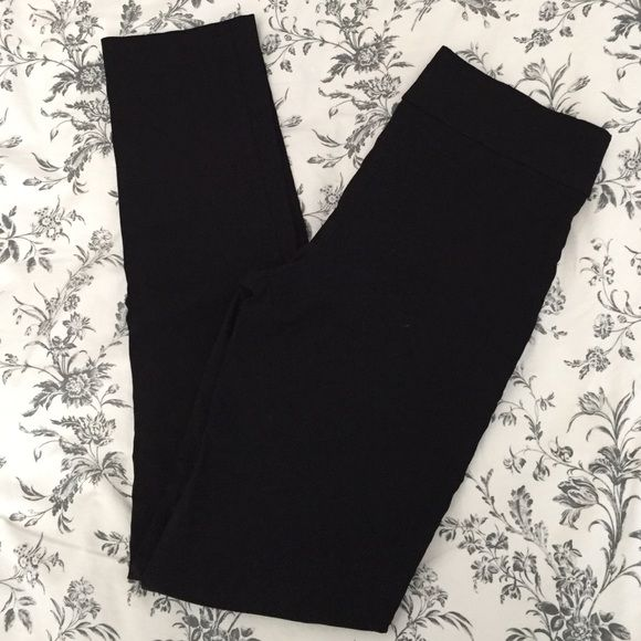"Margaret M Slimming Black Pants Margaret M Slimming Black Pants, size Small, 30"" inseam, super comfy. Purchased through Stitch Fix. Margaret M Pants Skinny"