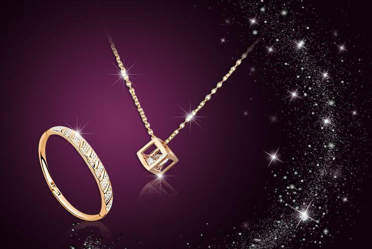 Solitaire Pendant and Bracelet Set