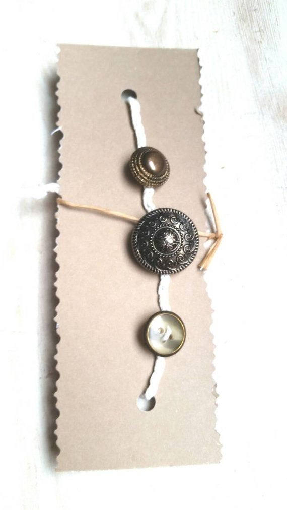 Hey, I found this really awesome Etsy listing at https://www.etsy.com/au/listing/254488631/vintage-bracelet-repurposed-old-buttons