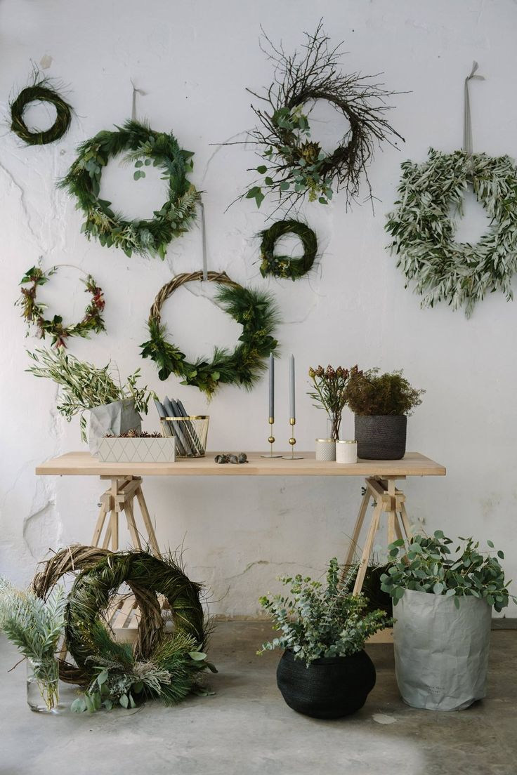 Wild Flower Bar - concept flower store in Budapest. Festive mood - holiday - wreath - nordic - scandinavianstyle