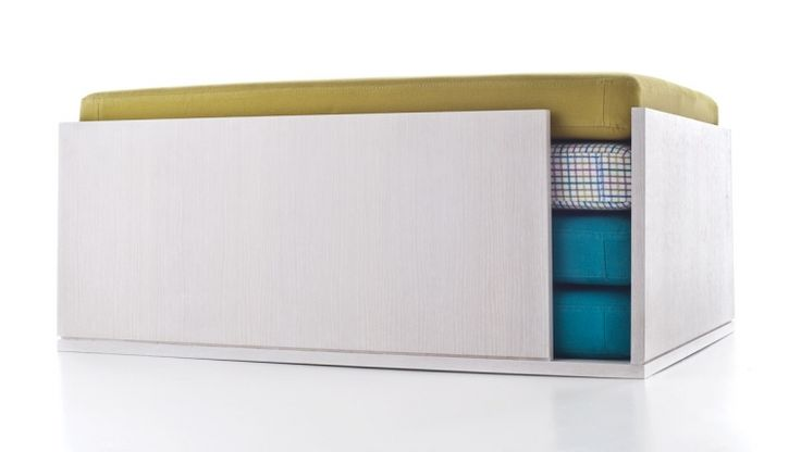 Alop / multifunctional poud-small table / design Silvia Pinci / Formabilio