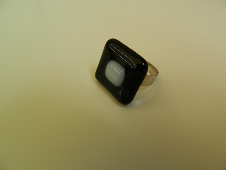 Fused glass ring  black and white
