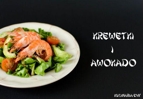 Salad with shrimp and avocado