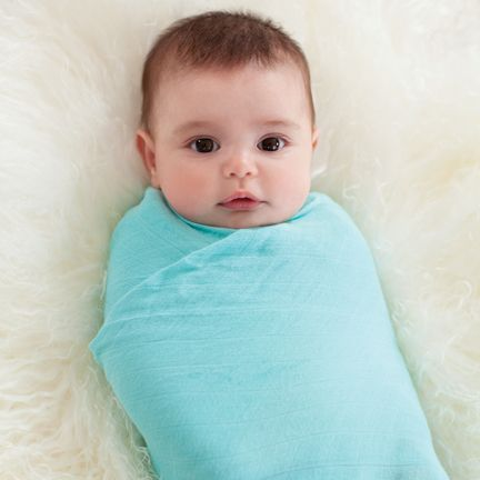Use these swaddles and you'll never want to use any others - we promise! With beautiful designs and rayon from bamboo fibre muslin, they make swaddling easy with their generous sizing. They also get softer with every wash (what a dream!), and are ideal for simply slipping in to your nappy bag.