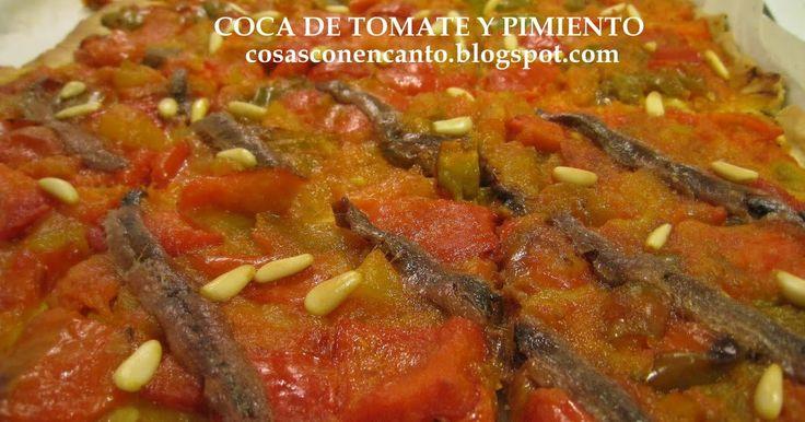 Un tierno pisto de tomates y pimientos mediterráneos en combinación con una riquísima y crujiente masa hecha con cerveza. Este mes par...
