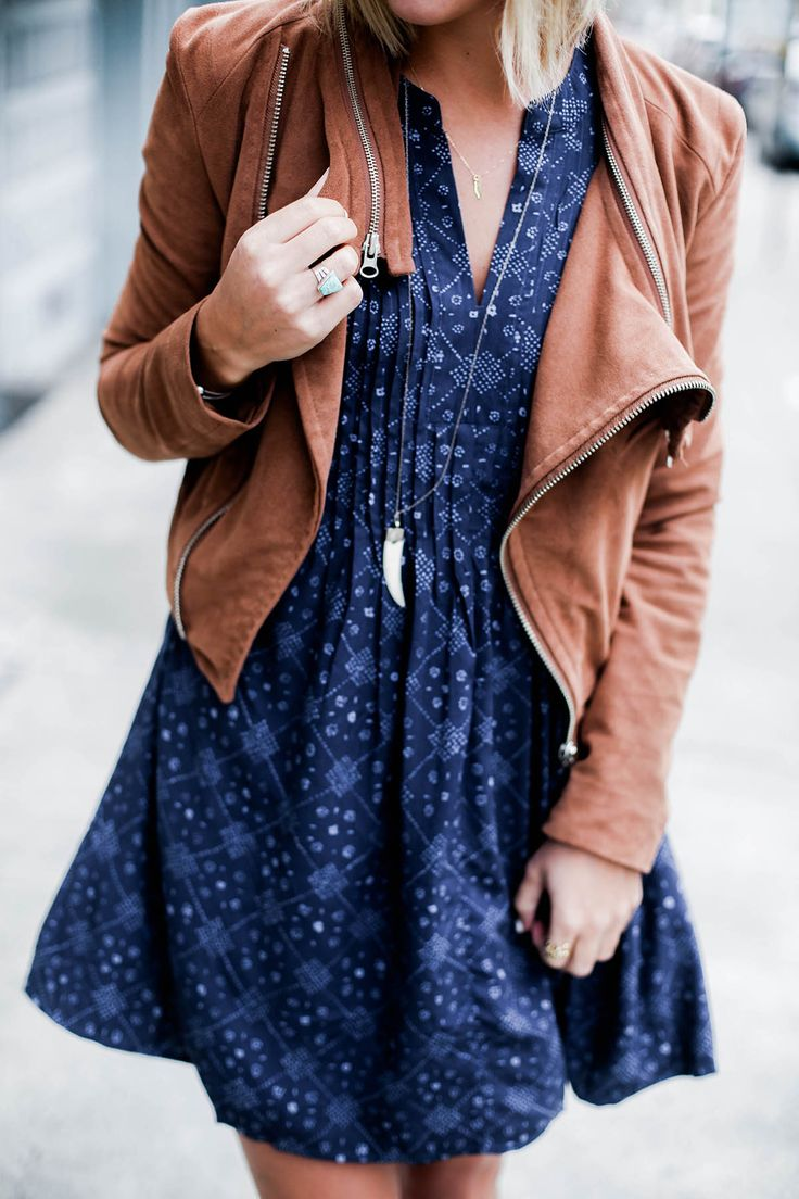 San Francisco outfit, women's fashion, casual style in Old Navy printed dress and suede moto jacket