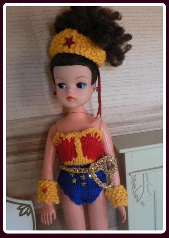 Knitting Patterns For Sindy Dolls : Wonder Woman Sindy. Photo: Sindy Doll Sagas. Outfit ...