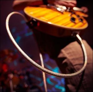 "Custom guitar with ""Dance"" decorated cable / Guitare customisée avec Fil décoré ""Dance"""