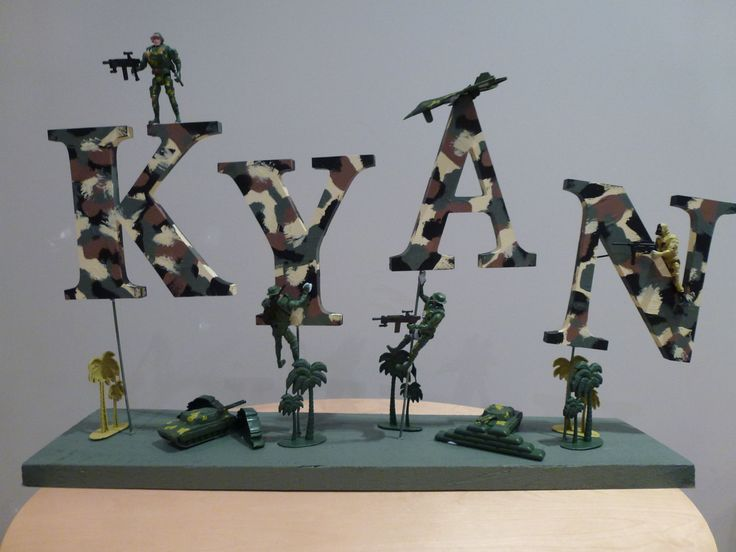 Army party table centerpiece
