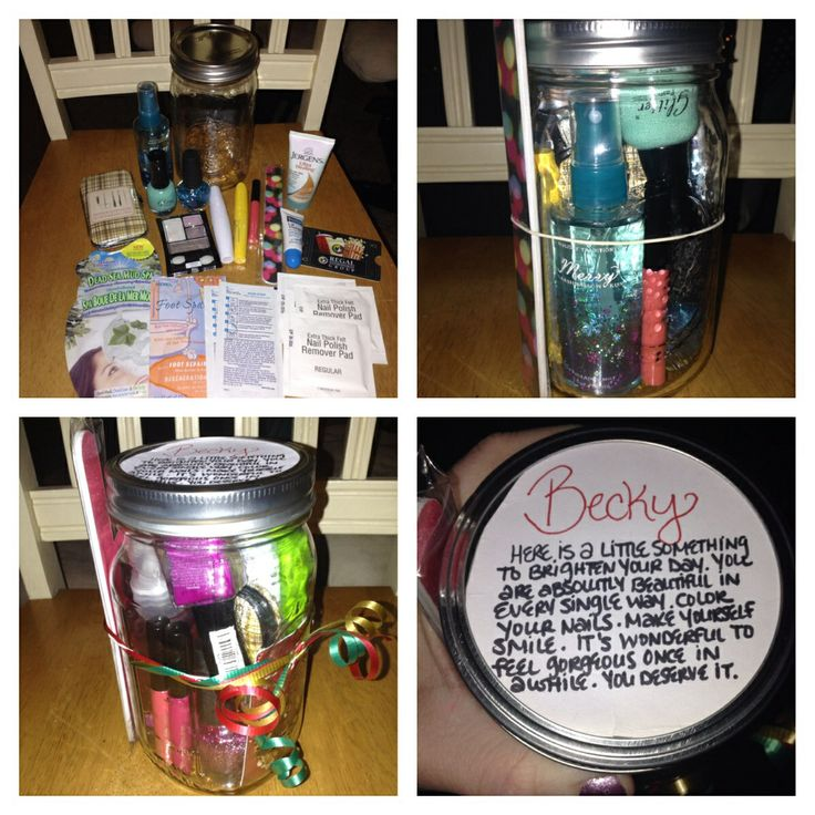 PAMPER YOURSELF JAR. Contents: Face Mask, Foot Spa, Biore