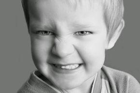Aggressionen bei Kindern im Alter von 3 bis 6 Jahren - Wenn das Kind Eltern aggressiv schlägt, tritt und beißt