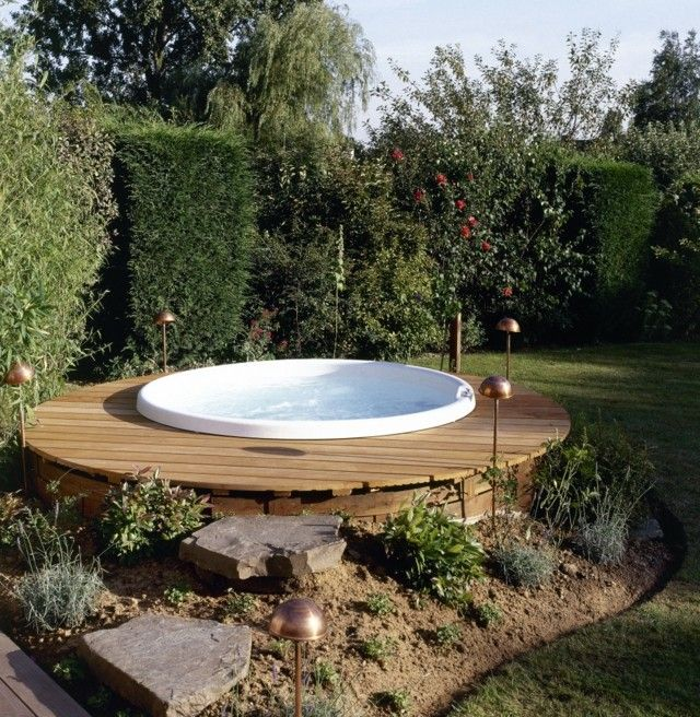 Jacuzzi exterior cincuenta ideas espectaculares for Pool design 974
