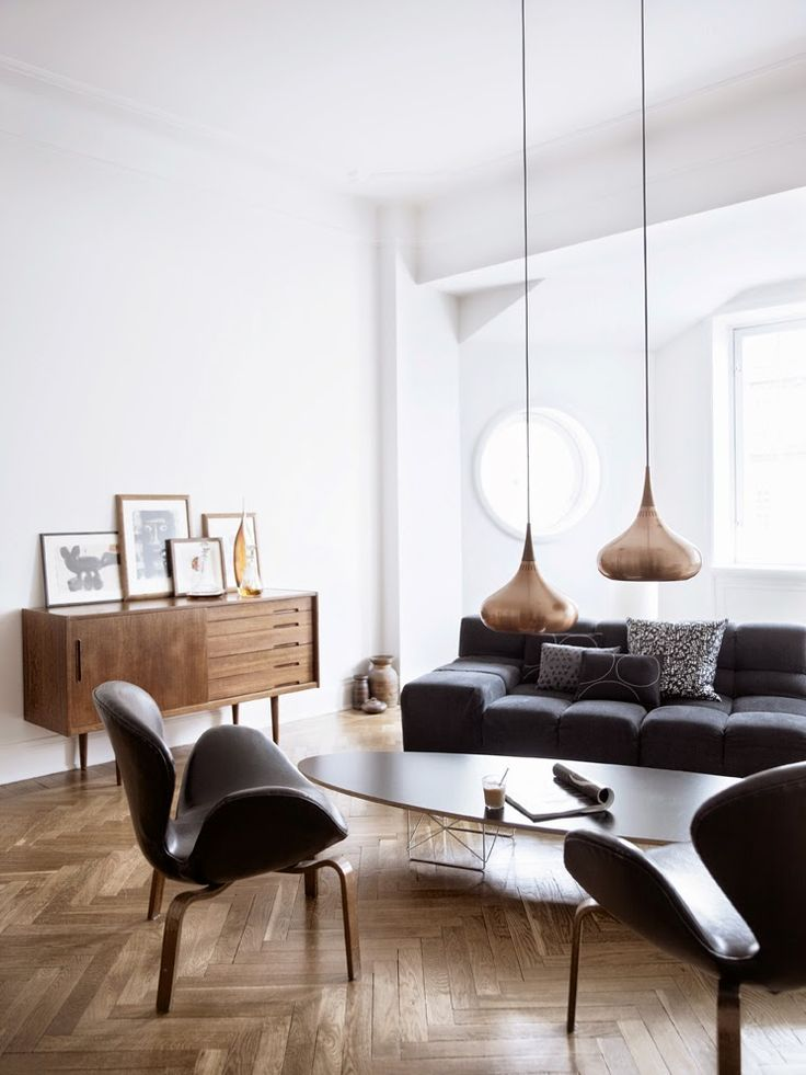 The lovely home of Swedish designer Stefan Söderberg, who with partner Anne Ringstrand runs the Swedish fashion label Hope. (photo by birgitta wolfgang drejer)