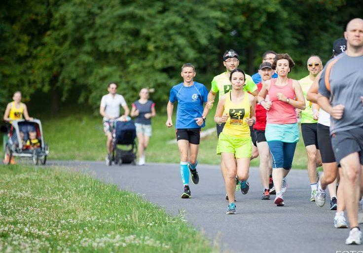 Parkrun Skierniewice - parkrun to formuła biegania zarówno dla zaawansowanych biegaczy, jak i osób, które dopiero zamierzają rozpocząć biegową przygodę, bieg na dystansie 5 km z pomiarem czasu, w każdą sobotę o 9, przez cały rok. #sportowelodzkie