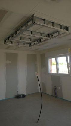 le faux plafond de la cuisine qui donne sur lilt