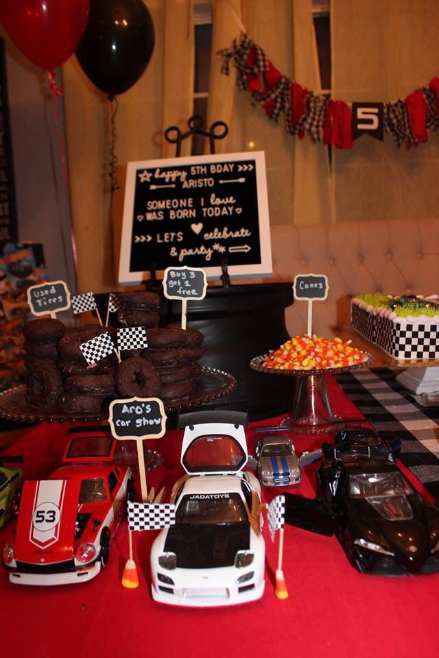 Hot Wheels Cake Table Cars Themed Cake Table Themed Cakes Cars Theme Cake Cake Table Decorations