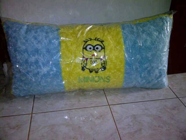 Jual bantal cinta/panjang/boneka minion, mainan anak dengan harga Rp 100.000,- dari toko online Maun Shop, Jakarta. Cari produk boneka lainnya di Tokopedia. Jual beli online aman dan nyaman hanya di Tokopedia.