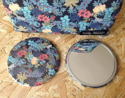 Maminka's garden large pocket mirror