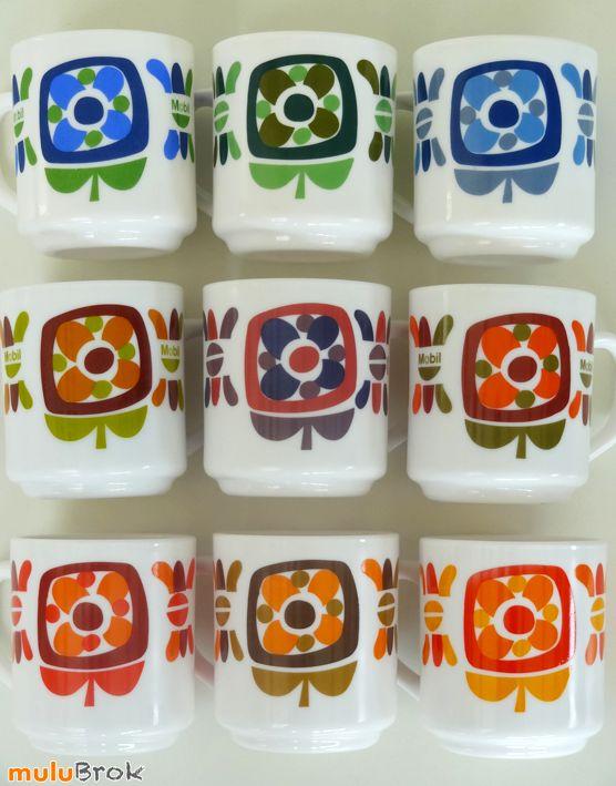 Vaisselle Vintage ... Grandes tasses  Mugs MOBIL arcopal * Série complète 9 mugs de couleurs différentes sur www.muluBrok.fr ...