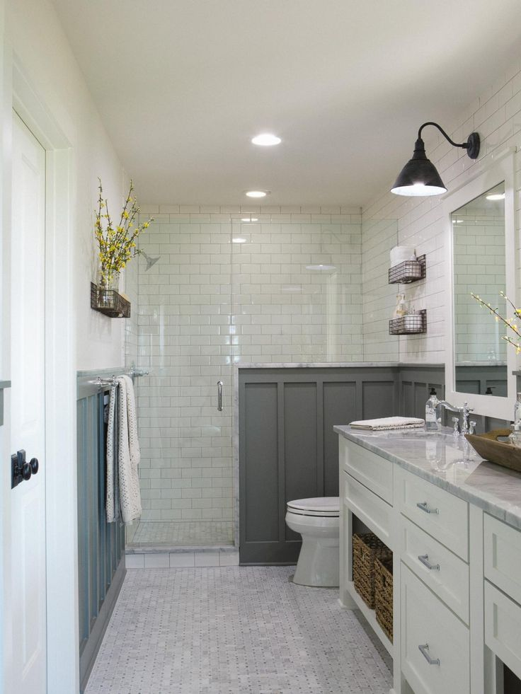 Photos hgtv 39 s fixer upper with chip and joanna gaines - Fixer upper long narrow bathroom ...