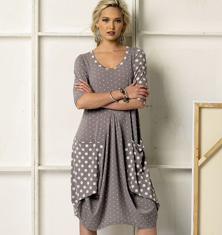 Marcy Tilton Vogue designer dress. Love the unusual seaming and loose fit with big pockets. Need a summer fabric combo. V8975
