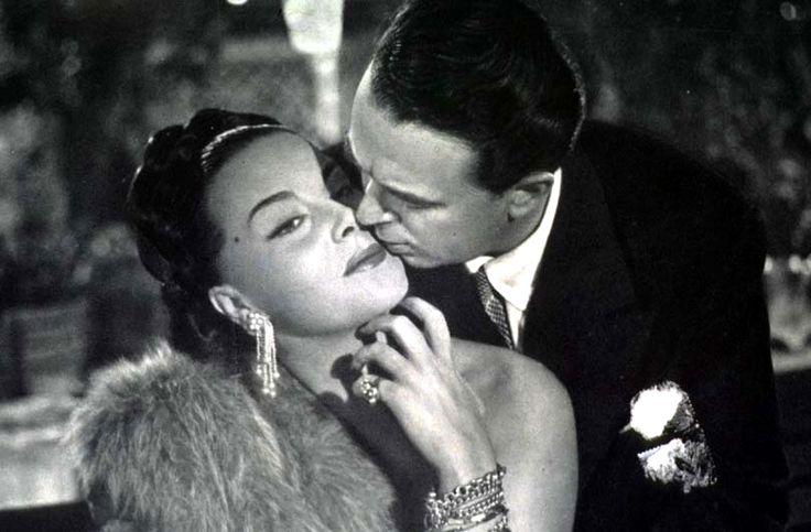 """Franca Marzi and tenor Ferruccio Tagliavini in Mario Mattoli's comedy """"Anema e core"""" (English title: """"My Heart Sings"""", 1951)."""