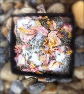 Domácí levandulovo-růžová sůl do koupele | Home-Made.Cz