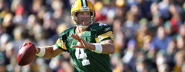 Packers fans scoop up 64,000 tickets to see Brett Favre inducted into the Packers Hall of Fame. (USA Today Sports)