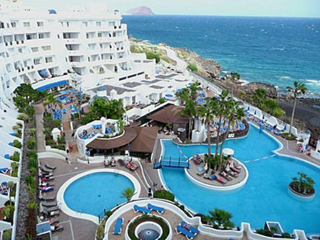 Águas de Santa Bárbara #Resort Hotel is outstanding resort in #Brazil, IF u want to book this resort than visit http://www.hotelurbano.com.br/resort/aguas-de-santa-barbara-resort-hotel/646