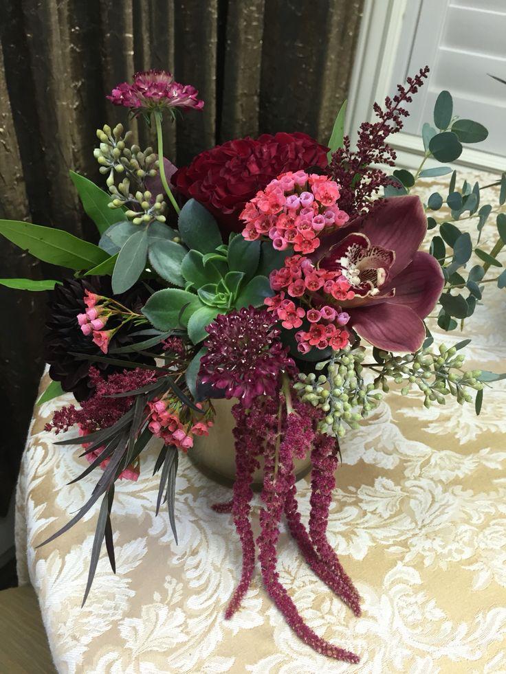 Beautiful centerpiece the rose shop utah wedding flowers
