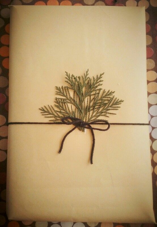 Simple yet elegant gift wrapping when there's no time   #holidays #giftwrapping #simplegifts #holidayandchristmas