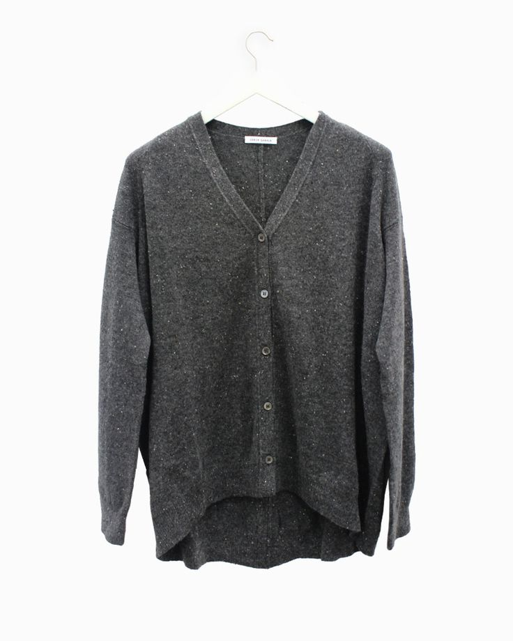 Chaqueta cashmere Lebor Gabala. #arropame #conceptstore #bilbao #fashion #moda  #cashmere #fw2015 #musthave