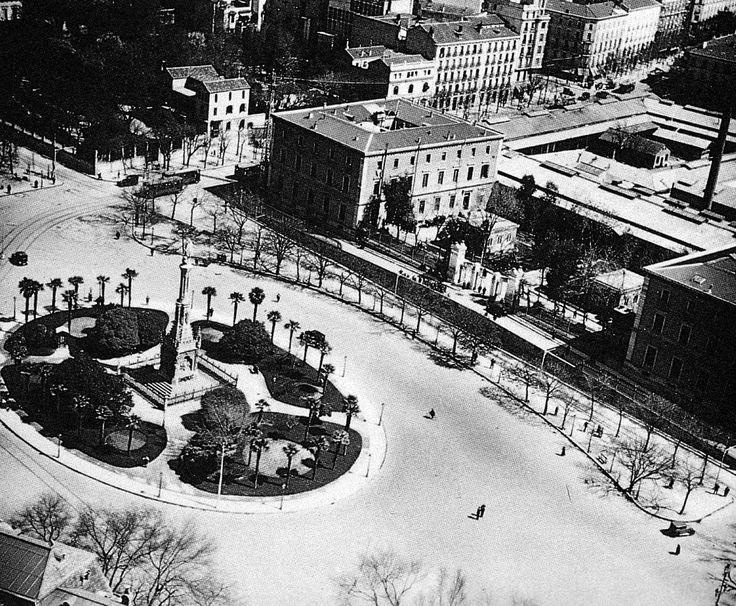 Plaza de Colón, hacia 1940.  Autor desconocido. Archivo General de la Administración.
