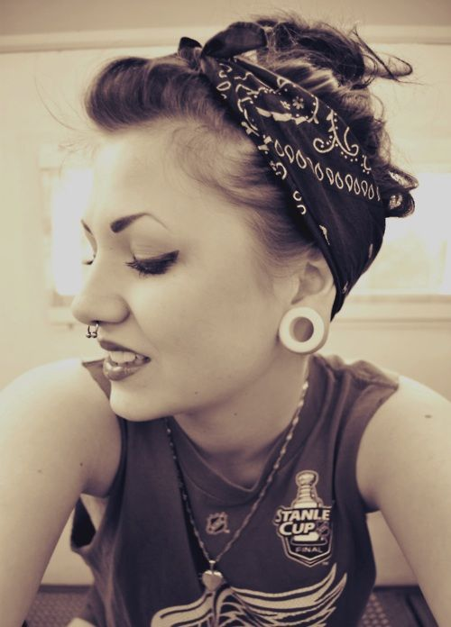 #plugs #piercing #bodymodification #beauty #tattoo #septum #stretchedears #stretchedlobes #whiteplugs #rockabilly #beauty #pinup