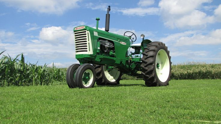Entry in the Steiner Tractor Parts 2015 Catalog Tractor