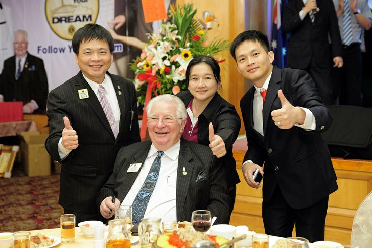 President Palmer - District 300G2 Taiwan | District 300G2 Lions welcomed International President Barry Palmer at LCIF dinner party