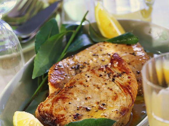Marinierter gebratener Thunfisch ist ein Rezept mit frischen Zutaten aus der Kategorie Meerwasserfisch. Probieren Sie dieses und weitere Rezepte von EAT SMARTER!
