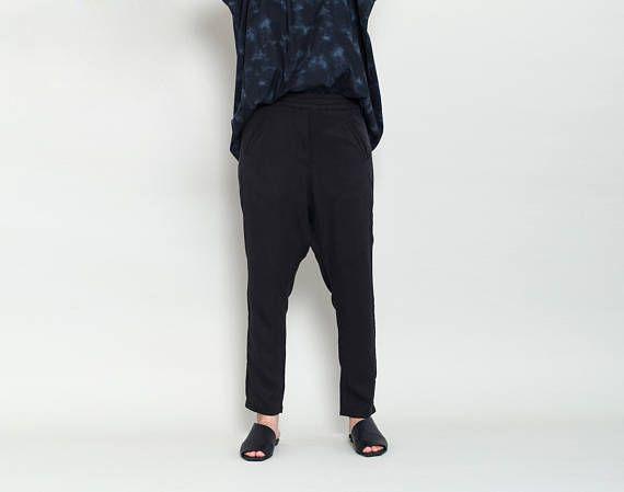 Drop Crotch Pants, Casual Pants, Black Trousers, Loose Pants Women's, Ladies Pants, Khaki Pants For Women, High Waisted Trousers #fashion #style #outfit