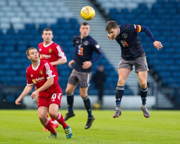 Queen's Park's Sean Burns in action during the SPFL League One game between Queen's Park and Albion Rovers.