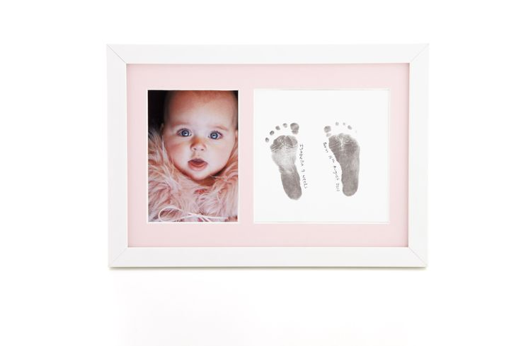 Gorgeous frame to show off your baby girls footprints.