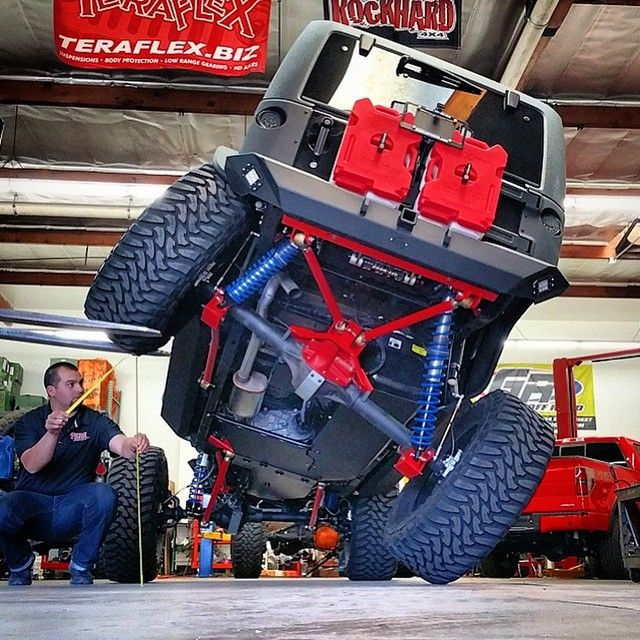 Starwood Motors Jeep >> @rebeloffroad building one awesome rig. Check out those @rockhard4x4 skid plates