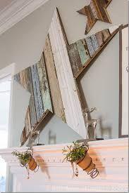 Estrella de madera docrativa sobre chimenea DIY