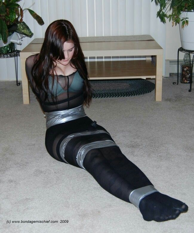 Bdsm hanging on tits