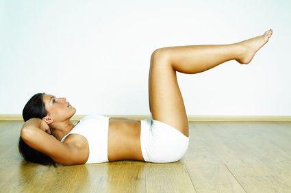 Reducir abdomen y marcar cintura es algo muy buscado hoy en día. Las mujeres soñamos con una cintura diminuta y un abdomen plano, afortunadamente el ejerci