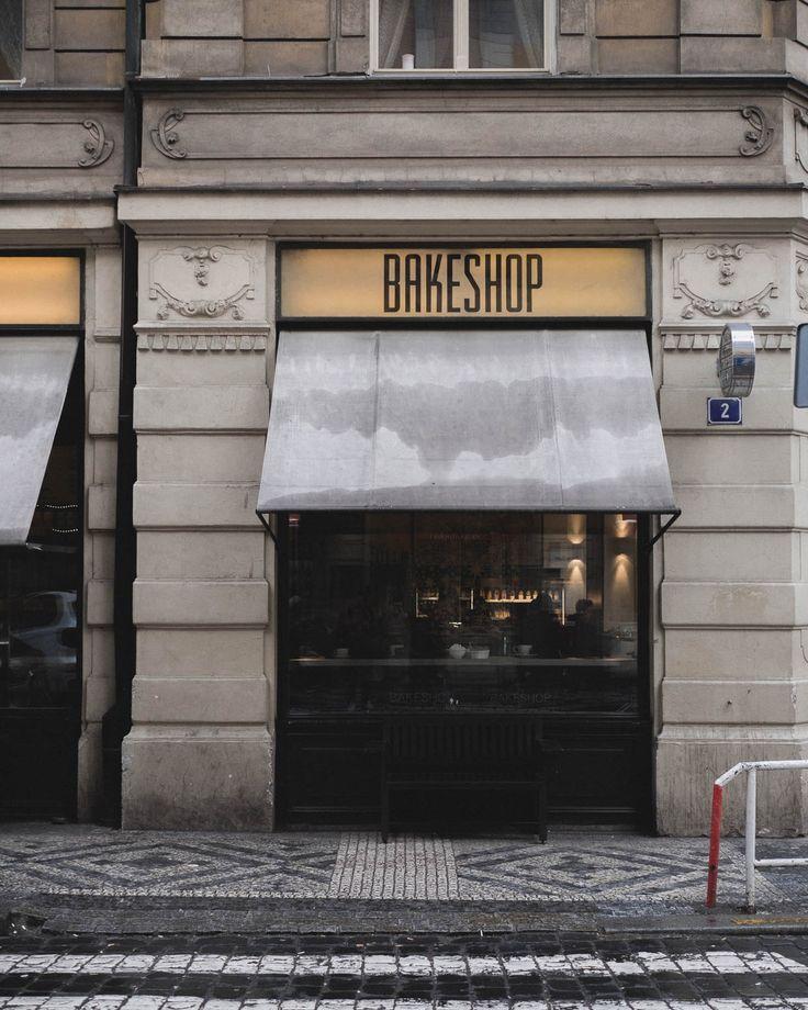 Die besten Cafés und das beste Frühstück in Prag!   Prague Travel Guide The best coffee spots in Prague  BAKESHOP in Prag