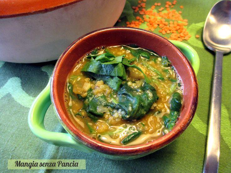 Profumata e nutriente questa gustosa Zuppa lenticchie spinaci e quinoa vegana è ideale come primo leggero o come pasto completo.(B)