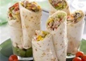Wraps met tonijnsalade een snelle, lekkere en slanke  lunch of licht hoofdgerecht.