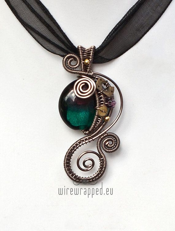 Steampunk wire wrapped necklace - I love this wire work!!