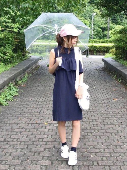 雨の日もご機嫌な1日をWEARで話題の雨の日コーデベスト9