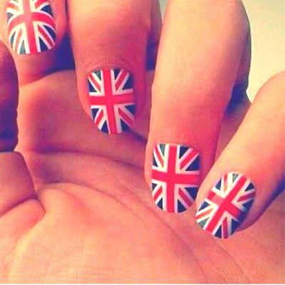 30 Best British Flag Nail Art Designs #nailart #naildesigns2015 #britishnails #ukfashion2015